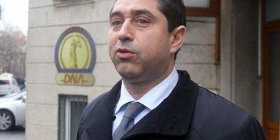 DNA cere incuviintarea urmaririi penale a fostului ministru de Interne Cristian David intr-un nou dosar penal. Cererea a ajuns la presedintele Basescu