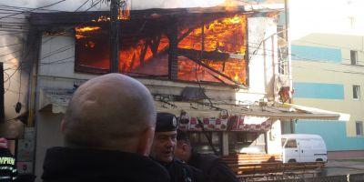 FOTO Incendiu la caminele din Timisoara. Mai multe restaurante sunt in flacari