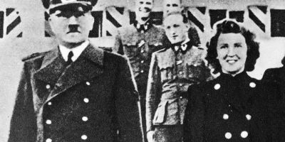 Mituri despre Hitler: era obsedat de curatenie si a trait pana la adanci batraneti in Argentina. Cum a ajuns sa poarte mustata