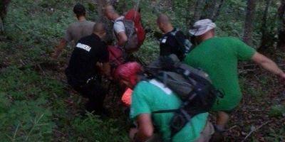 Expeditie de cosmar in Masivul Retezat: o femeie s-a accidentat grav dupa ce s-a prabusit intr-o rapa