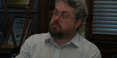 Un profesor din Focsani acuza Guvernul de etnocid cultural.