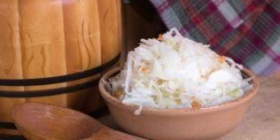 Varza murata, un elixir pentru sanatate. Cea mai ieftina sursa de probiotice si singurul aliment cu vitamina B12