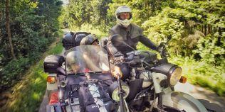 Turul Europei pe motocicleta: un fotograf roman a vizitat 41 de tari, ca sa-i arate copilului de 4 ani fumusetile lumii
