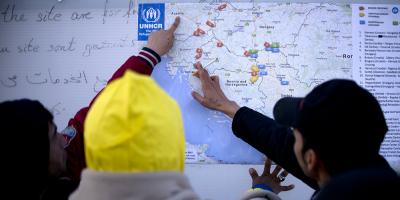 Actele romanesti sunt preferate de retelele care falsifica documente pentru refugiatii din Grecia