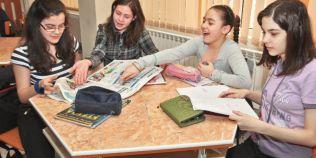 Elevii vor sa studieze educatie juridica, financiara si pentru sanatate. Sunt obligati sa faca, in schimb, optionale