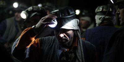 INFOGRAFIE Solutia ministrului Energiei pentru minerii din Valea Jiului: o noua companie, care sa preia activele viabile, nu si datoriile