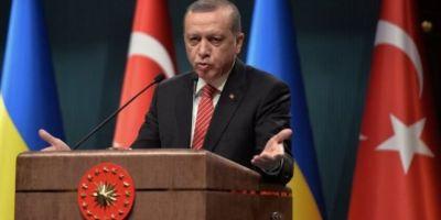 O jurnalista turco-olandeza, arestata in Turcia, din cauza unui mesaj despre Erdogan, publicat pe Twitter