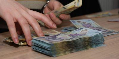INFOGRAFIE Cum faci bani creditand statul. Obligatiunile pentru populatie au dobanzi mai bune decat cele bancare