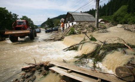 EXCLUSIV Inundatiile, vazute din Parlament: