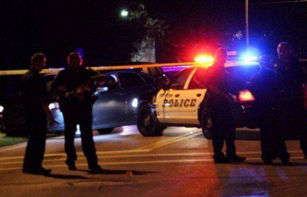 TEROARE IN SUA. Doua persoane AU MURIT si alte 17 au fost RANITE intr-un ATAC ARMAT produs intr-un CLUB DIN FLORIDA. Politistii au retinut 3 persoane SUSPECTE in cazul MASACRULUI | GALERIE FOTO & VIDEO