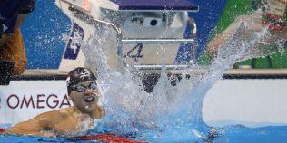 JO 2016: Michael Phelps a fost batut de un inotator din Singapore. In urma cu opt ani, voia doar o poza cu americanul