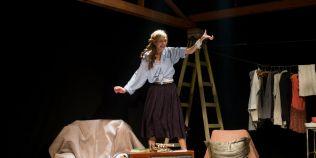 Ada Gales, premiata de UNITER, si alti trei actori au fost concediati de la Teatrul din Brasov