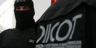 Trafic de droguri in familie la Cugir. Doi soti si fiul acestora, trimisi in judecata de DIICOT Alba Iulia