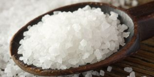 Alimentele care contin prea multa sare