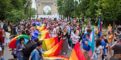 Comunitatea LGBT iese in strada la Bucharest Pride.