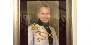 Un portret al lui Rares Bogdan a fost expus la Muzeul Satului din Bucuresti