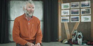 VIDEO Desene uimitoare pe zapada si nisip. Britanicul care face arta cu picioarele