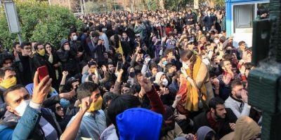 VIDEO Protestele continua in Iran chiar daca regimul a declarat ca