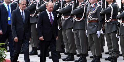 Putin cauta la Viena puntea spre Vest