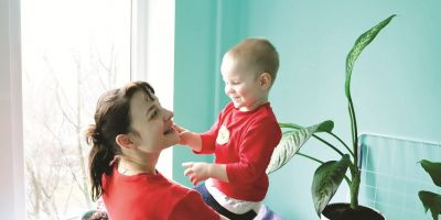 Premiera: Un copil roman cu autism va fi tratat cu propriile celule stem in SUA