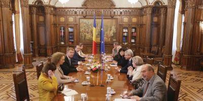 Ce recomanda Comisia de la Venetia privind depolitizarea Curtilor Constitutionale si cum e procesul in Romania